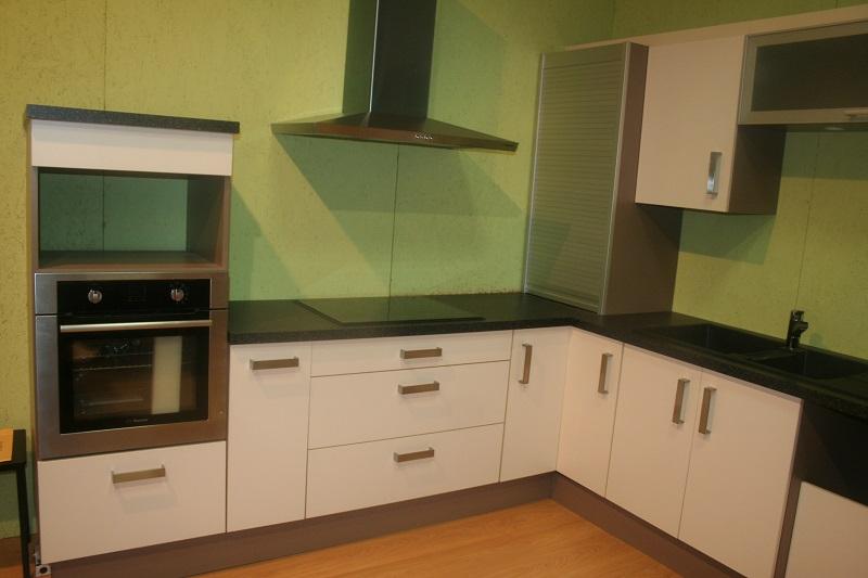 nos cuisines saint marcellin les immanquables chabert. Black Bedroom Furniture Sets. Home Design Ideas